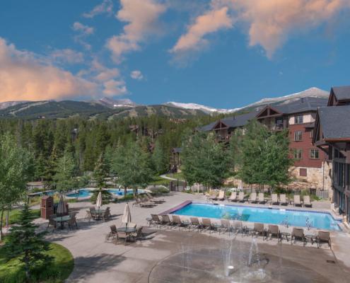 Grand Timber Lodge Aquatics