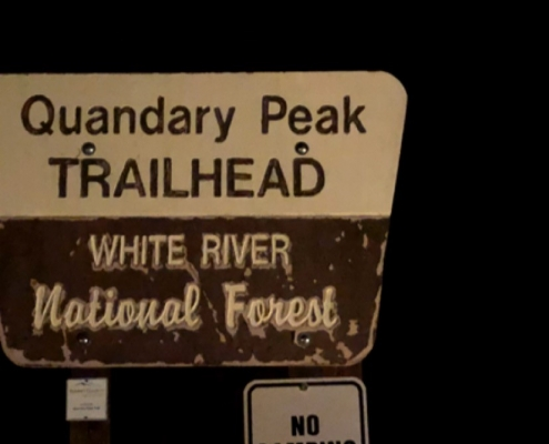Quandary Peak Trailhead at 5am